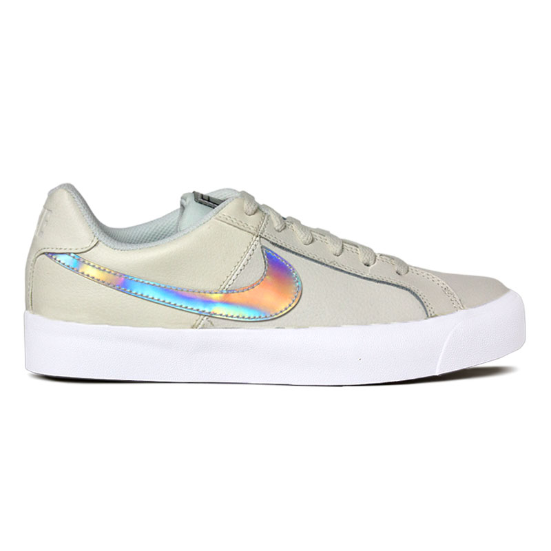 NIKE COURT ROYALE DONNA WHITE/HOLOGRAPHIC