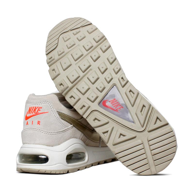Nike air max comand premium bege ouro 2