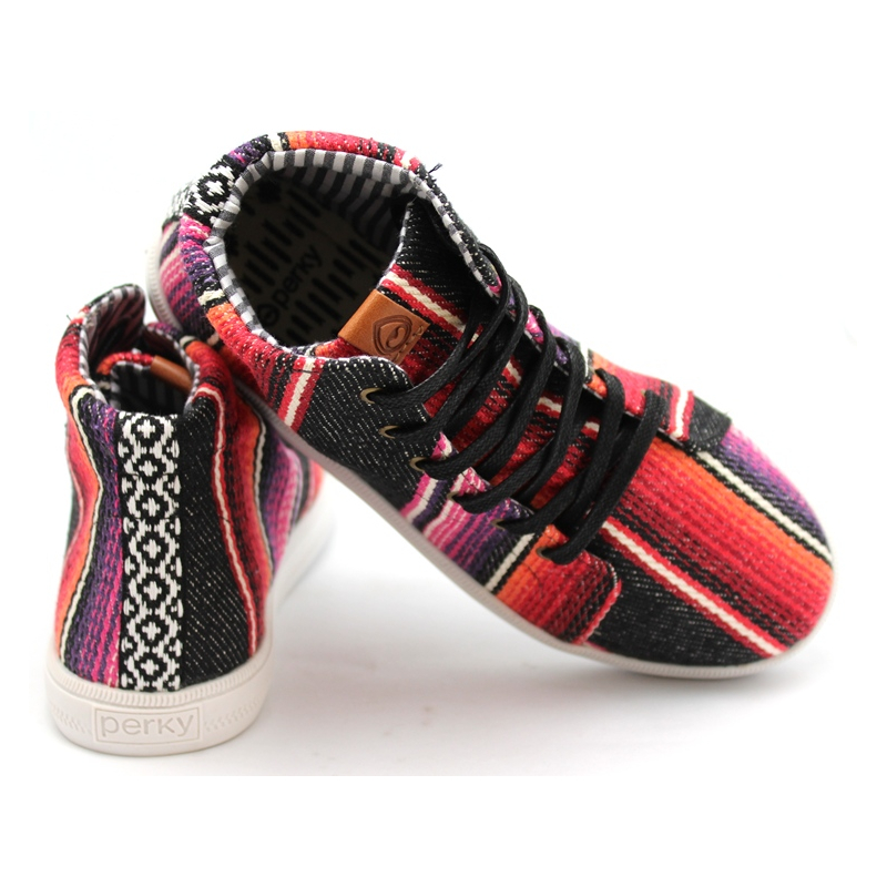 Perky tennis sarape black 4