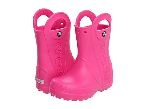 12803 crocs rain boot kids fucsia 2
