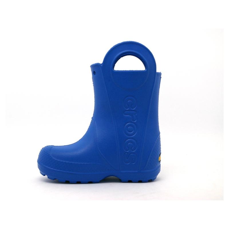 12803 crocs rain boot kids batman 3