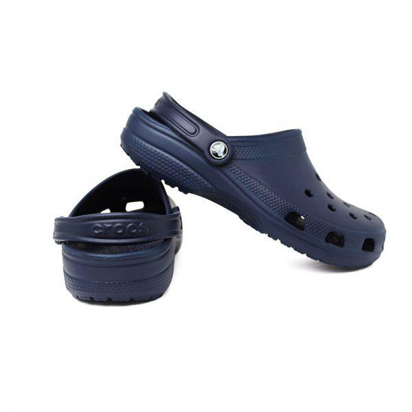 Crocs classic navy 4