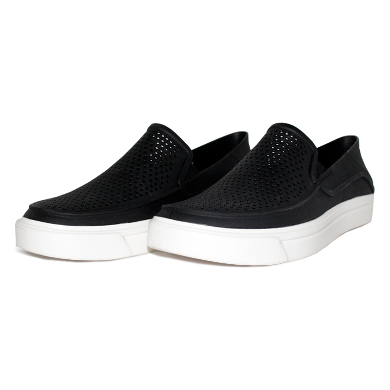 Crocs masc citilane roka slip on black white 1