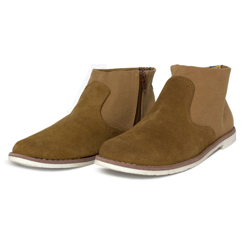 Perky western boot camel 1