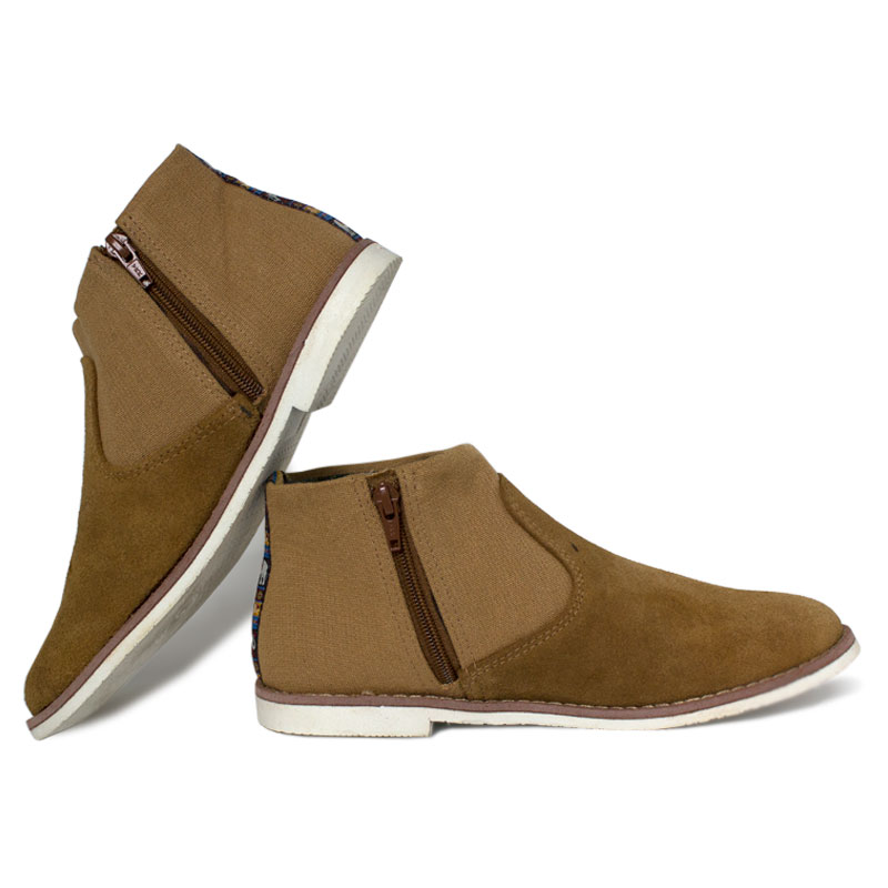 Perky western boot camel 2