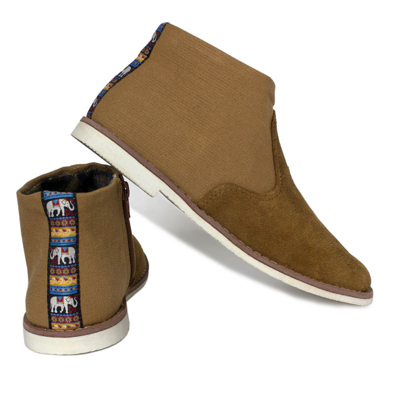 Perky western boot camel 3