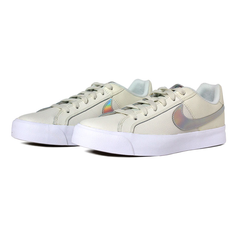 Nike court royale donna white holographic 1