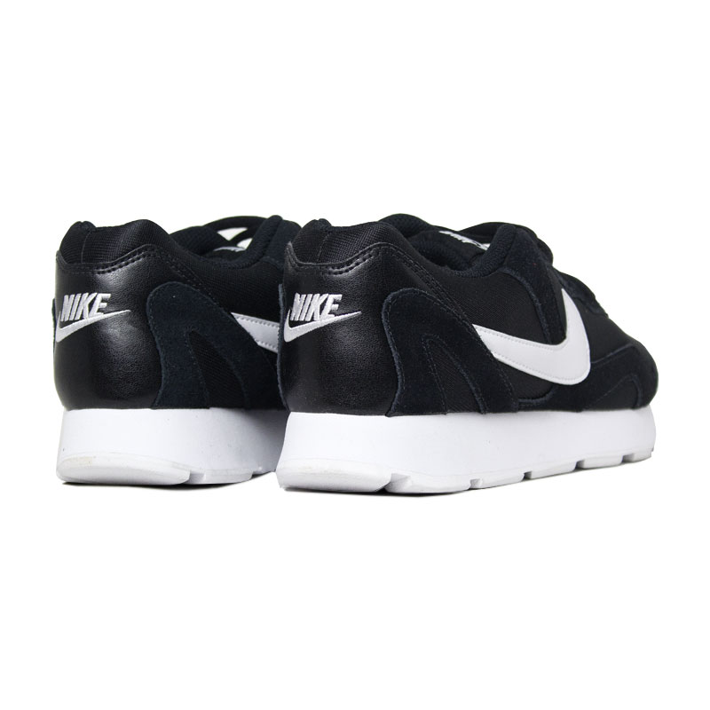 Nike delfine preto 3