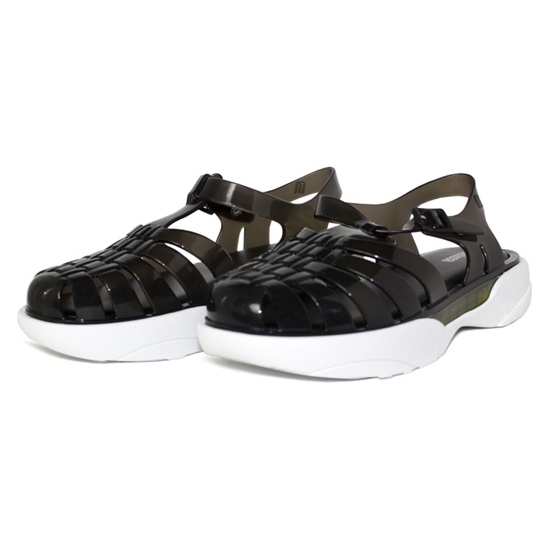 Melissa possession plataform preto 1